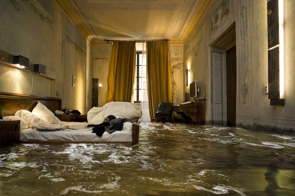 возмещение ущерба от залива квартиры